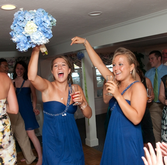 bridesmaid-catching-bouquet.jpg
