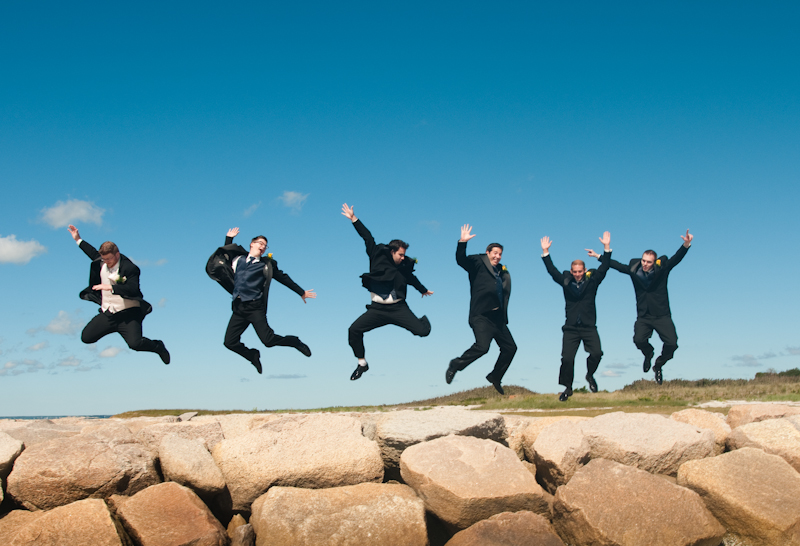 groom-and-groomsmen-jumping.jpg